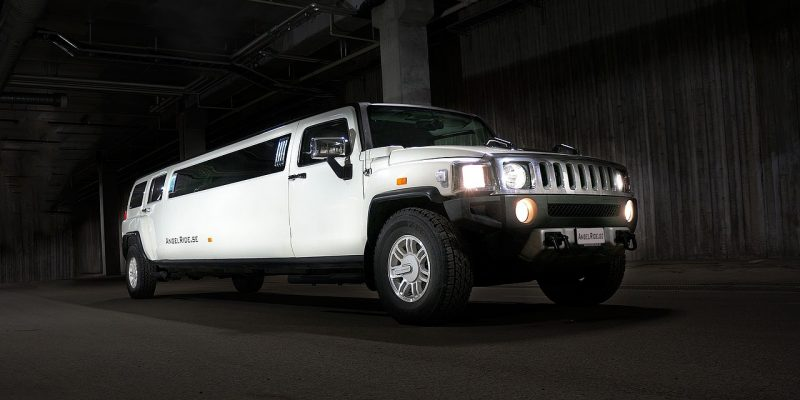Treat Your Dad This Father's Day With a Limo Ride